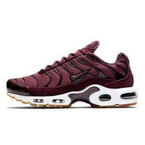 ✔️NIB✔️ NIKE Air Max Plus TN SE Burgundy Crush